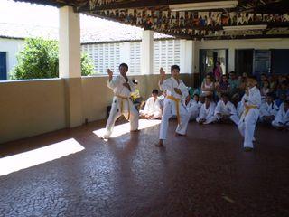 Exame de Faixa Centro Social Marieta Cals - Foto 12