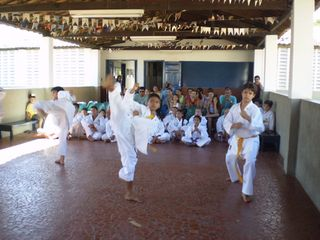 Exame de Faixa Centro Social Marieta Cals - Foto 15
